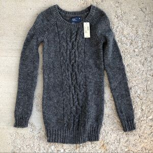 NWT American Eagle grey cable knitted sweater